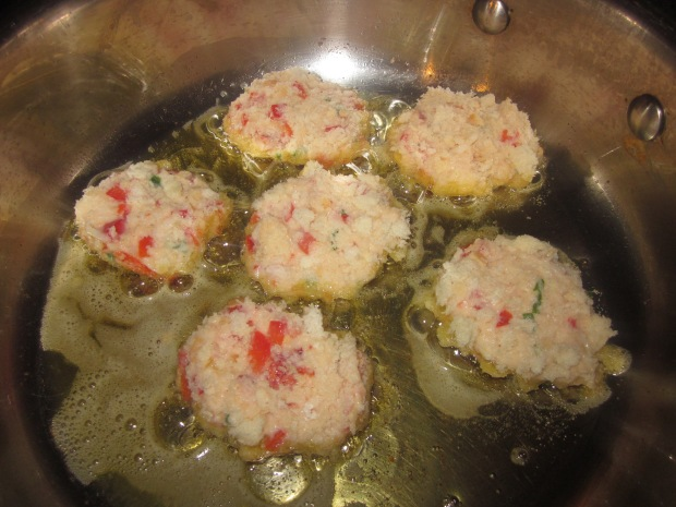 lobster cakes 027